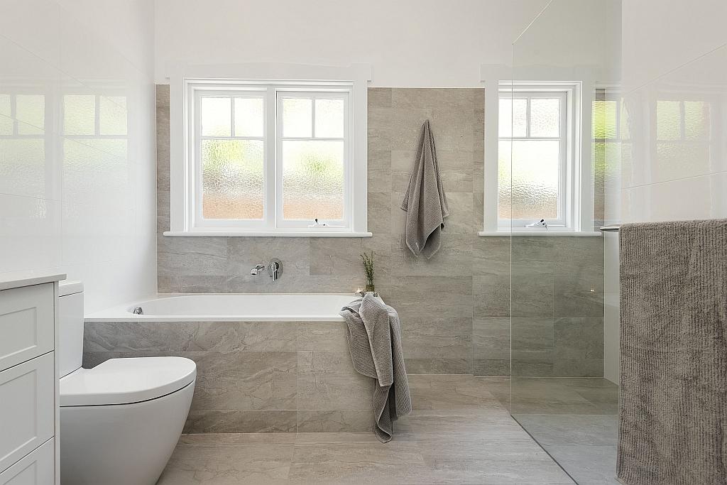 Lavare Bathroom Renovation Hamptons Delight 01