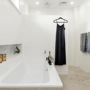 Lavare Bathroom Renovation Sophisticated 04