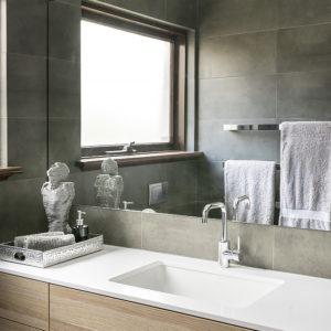 Lavare Bathroom Renovation Hotel Luxury 08
