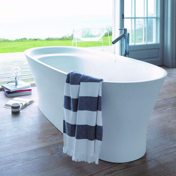 Duravit Cape Cod Freestanding Bath lifestyle